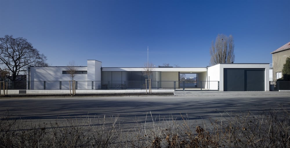 The front of Villa Tugendhat