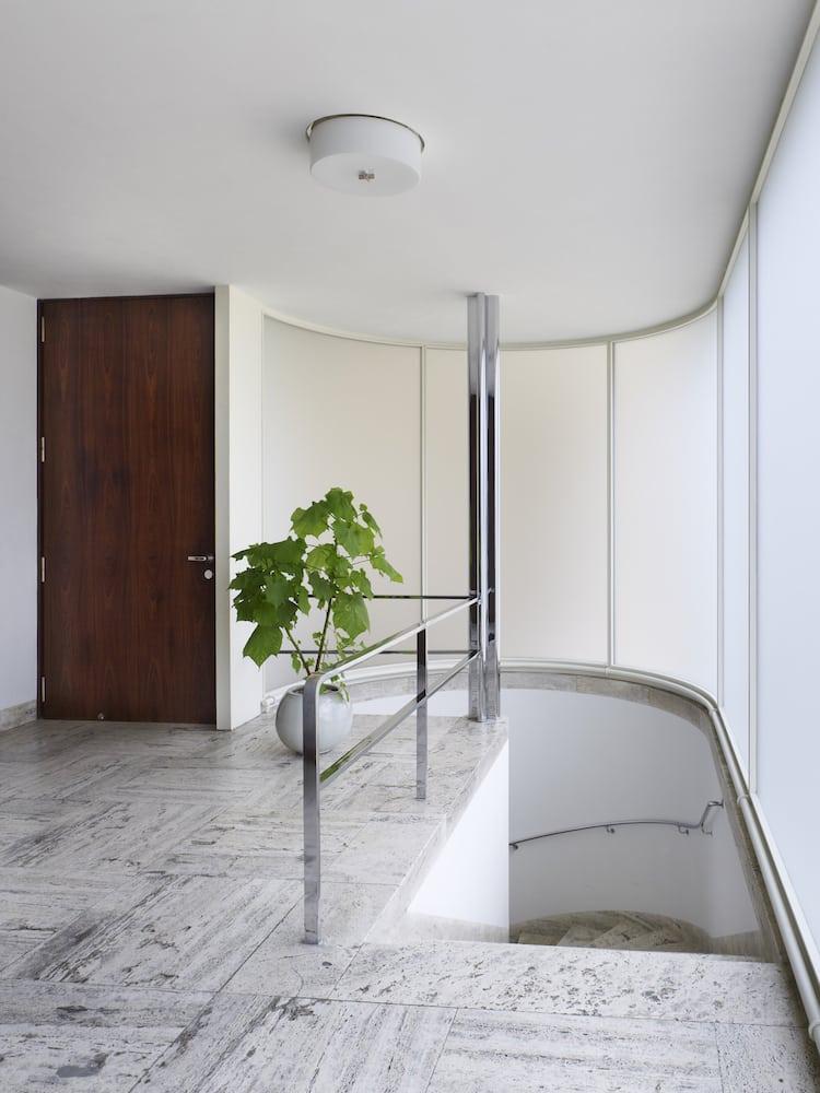 Entryway of Mies van der Rohe's Villa Tugendhat