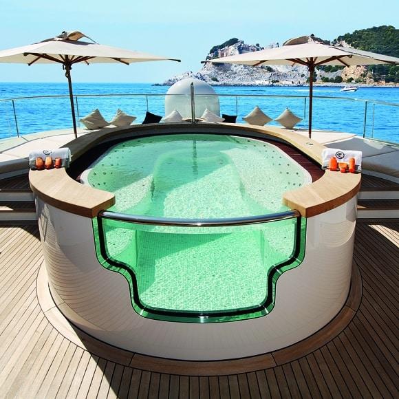 Talisman yacht hot tub