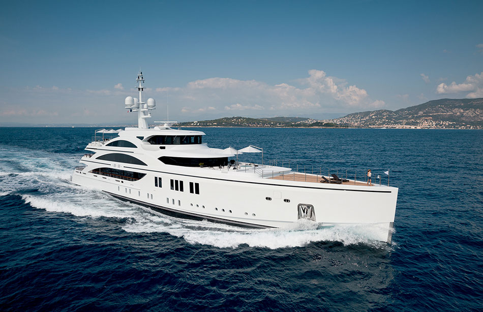 11.11 yacht