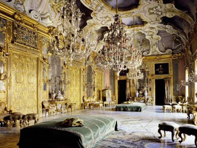 Palazzo-Valguarnera-Gangi-Sicily-Interior