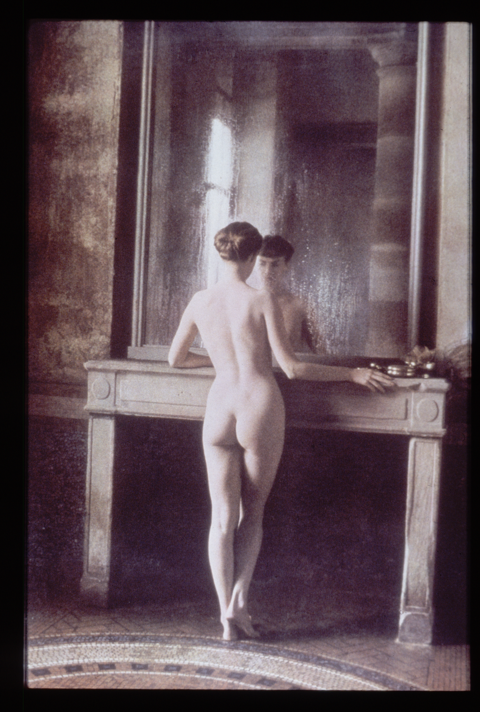 nude woman from behind
