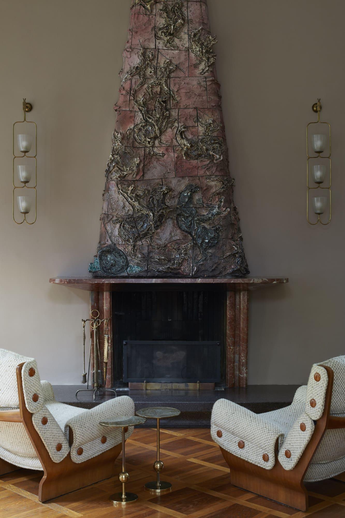Lucio Fontana's fireplace in the living room of Villa Borsani
