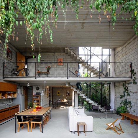 dezeen_Maracana-House-by-Terra-e-Tuma_6sq