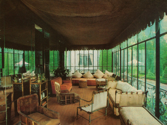 The sunroom at de Wolfe's Versailles residence, Villa Trianon.