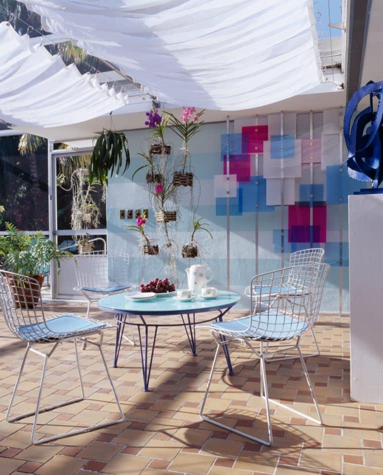 Miami patio by Doug Meyer Studio